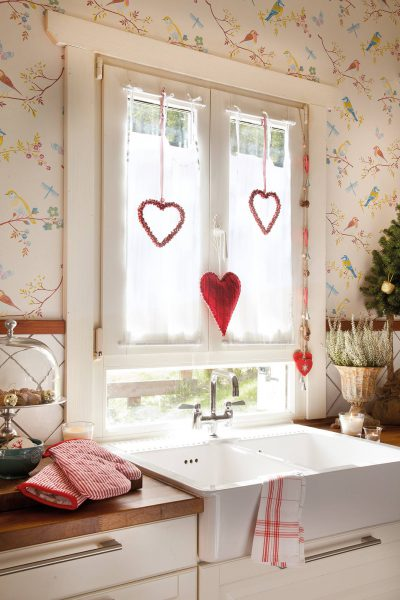 00374293 ca4e0dce 1333x2000 400x600 - Ideas para decorar tus ventanas en Navidad