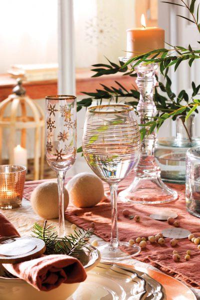 00444853 f6924d22 1333x2000 400x600 - Tips para decorar la mesa en Navidad