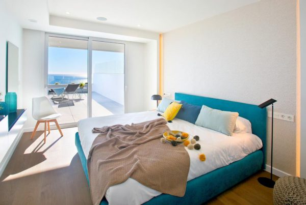 1 6 1 600x403 - Lujo y diseño fusionados a orillas del Mediterráneo en Benitachell, Alicante
