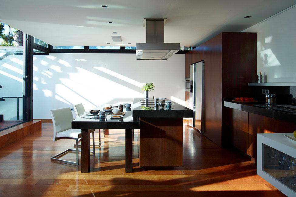10 12 - Diseño en el acantilado en una fantástica casa en Tossa de mar (Costa Brava, Girona)