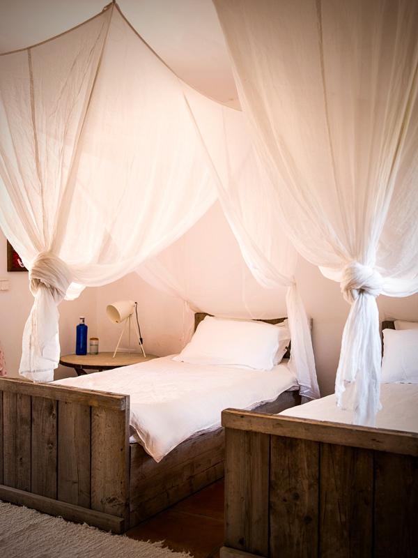 "1021 - Preciosa casa con un armonioso y cálido ambiente ""chill out"" en Cala D´Hort, Ibiza"