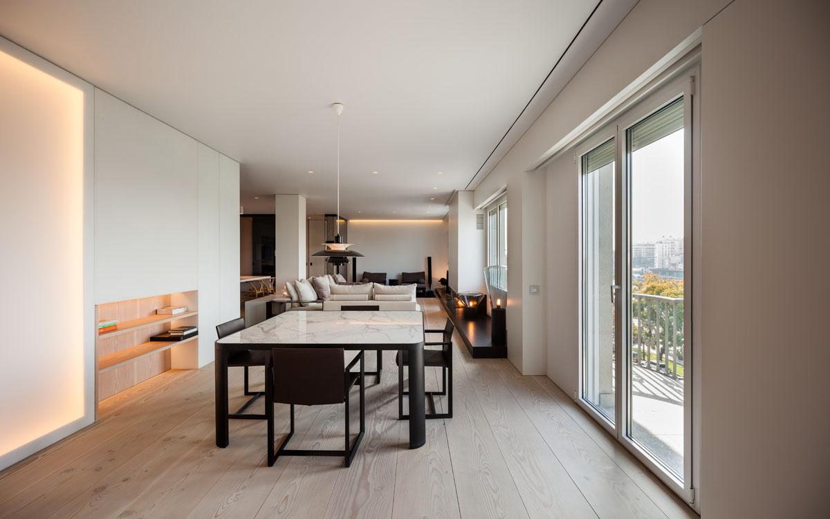 1028 - Fantástico y moderno ático en Sevilla de elegante y cálido diseño minimalista
