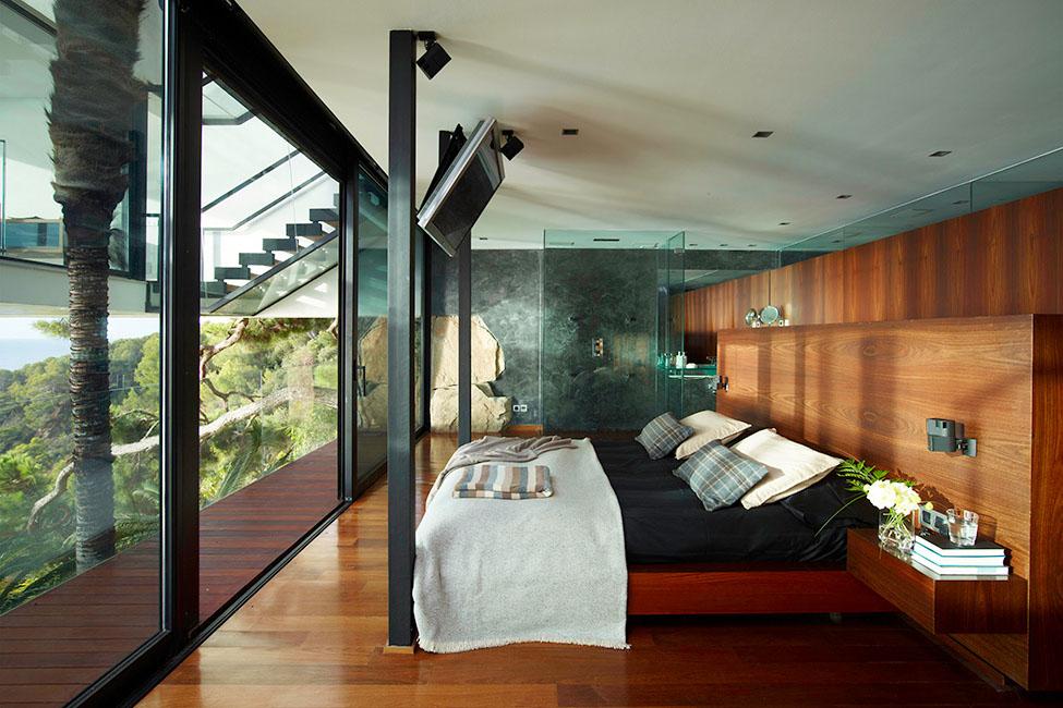 11 12 - Diseño en el acantilado en una fantástica casa en Tossa de mar (Costa Brava, Girona)