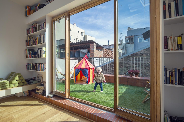 """11 5 - """"La Casa de Juno"""": original, sorprendente y práctica vivienda en Poblenou, Barcelona"""