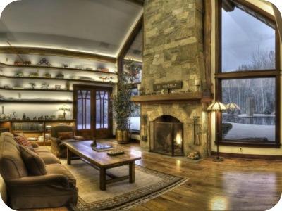 1122hailey14 - Bruce Willis vende su casa a pie de montaña en Idaho