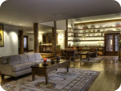 1122hailey4 - Bruce Willis vende su casa a pie de montaña en Idaho