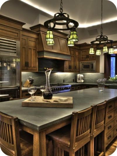 1122hailey6 - Bruce Willis vende su casa a pie de montaña en Idaho