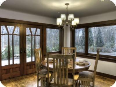 1122hailey7 - Bruce Willis vende su casa a pie de montaña en Idaho