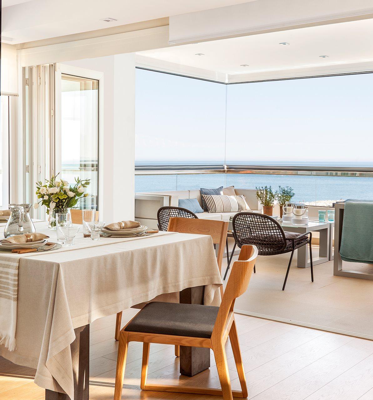 """12 1 - Precioso piso de ensueño en Málaga: """"Las vistas al mar no tienen precio"""""""