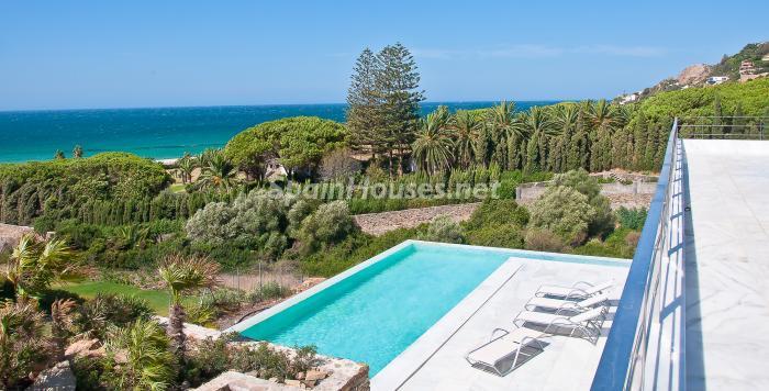 12 piscina - Naturaleza y mar en una fantástica villa en Zahara de los Atunes (Costa de la Luz, Cádiz)