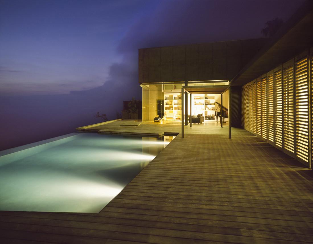 Espectacular casa sobre el mar en un acantilado en Tacoronte (Tenerife, Canarias)