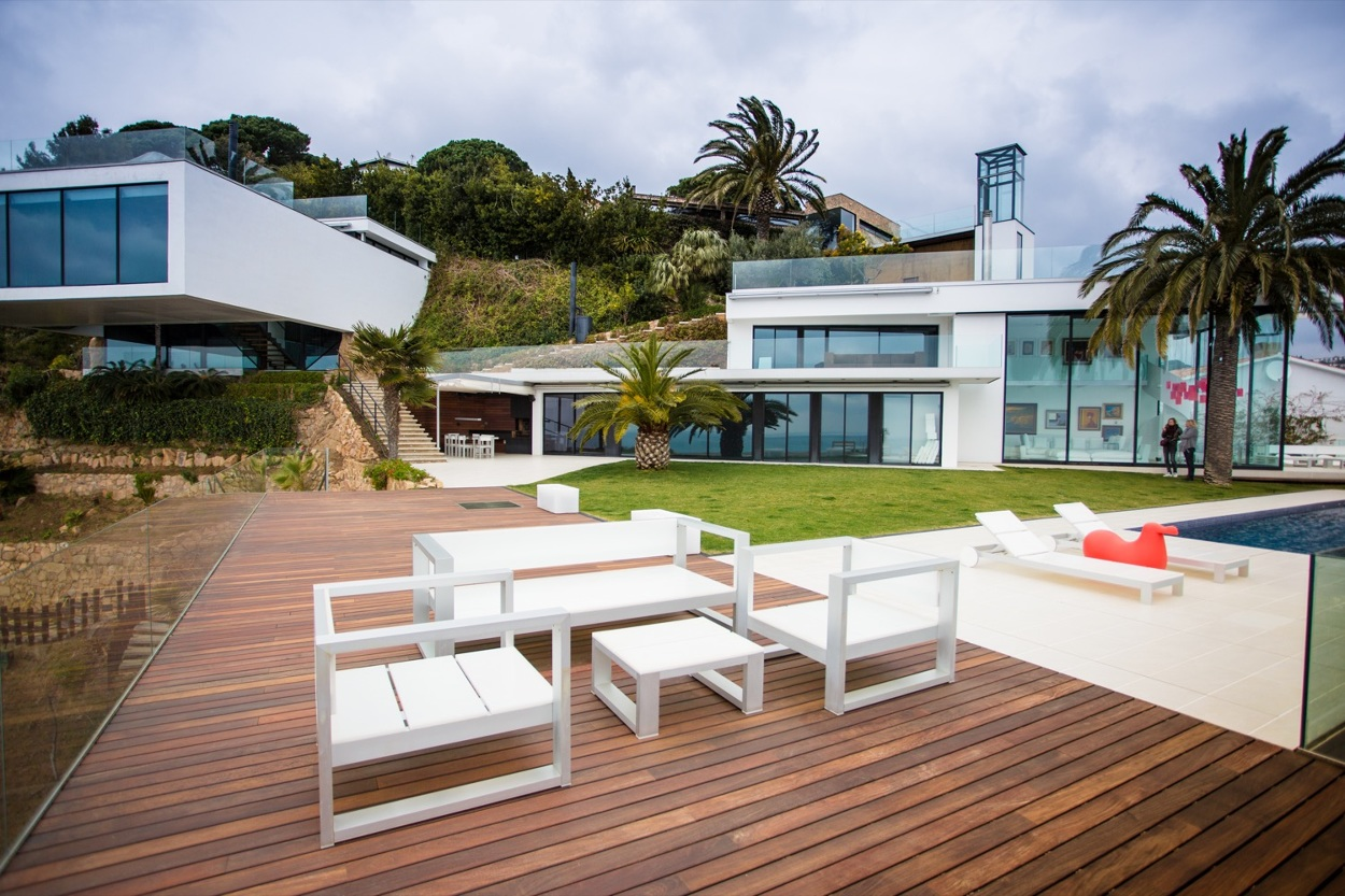 13 9 - Diseño en el acantilado en una fantástica casa en Tossa de mar (Costa Brava, Girona)