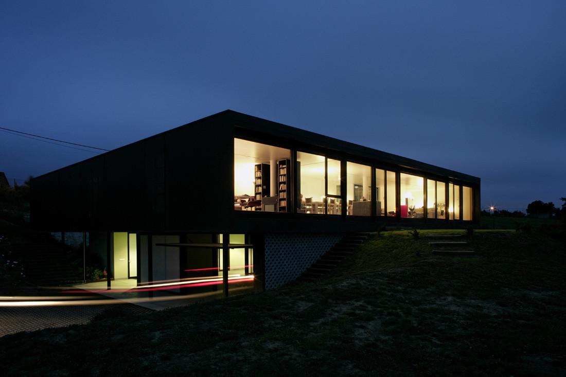 """14 penultima - Casa Os: """"Techo verde"""" en el Cantábrico en busca de olas, viento y mar (Loredo, Cantabria)"""