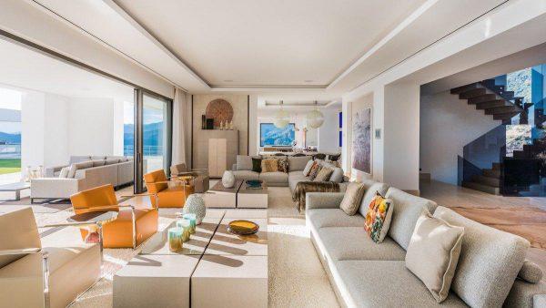 14132 2022382 foto 504135 600x338 - Arte, diseño y unas impresionantes vistas unidos en esta villa en Benahavís (Málaga)
