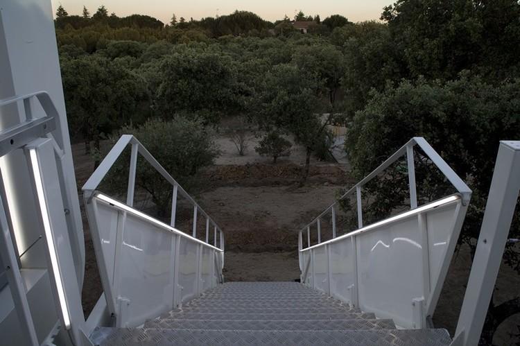 15 11 - Casa futurista o bella nave espacial para vivir en La Moraleja (Alcobendas, Madrid)