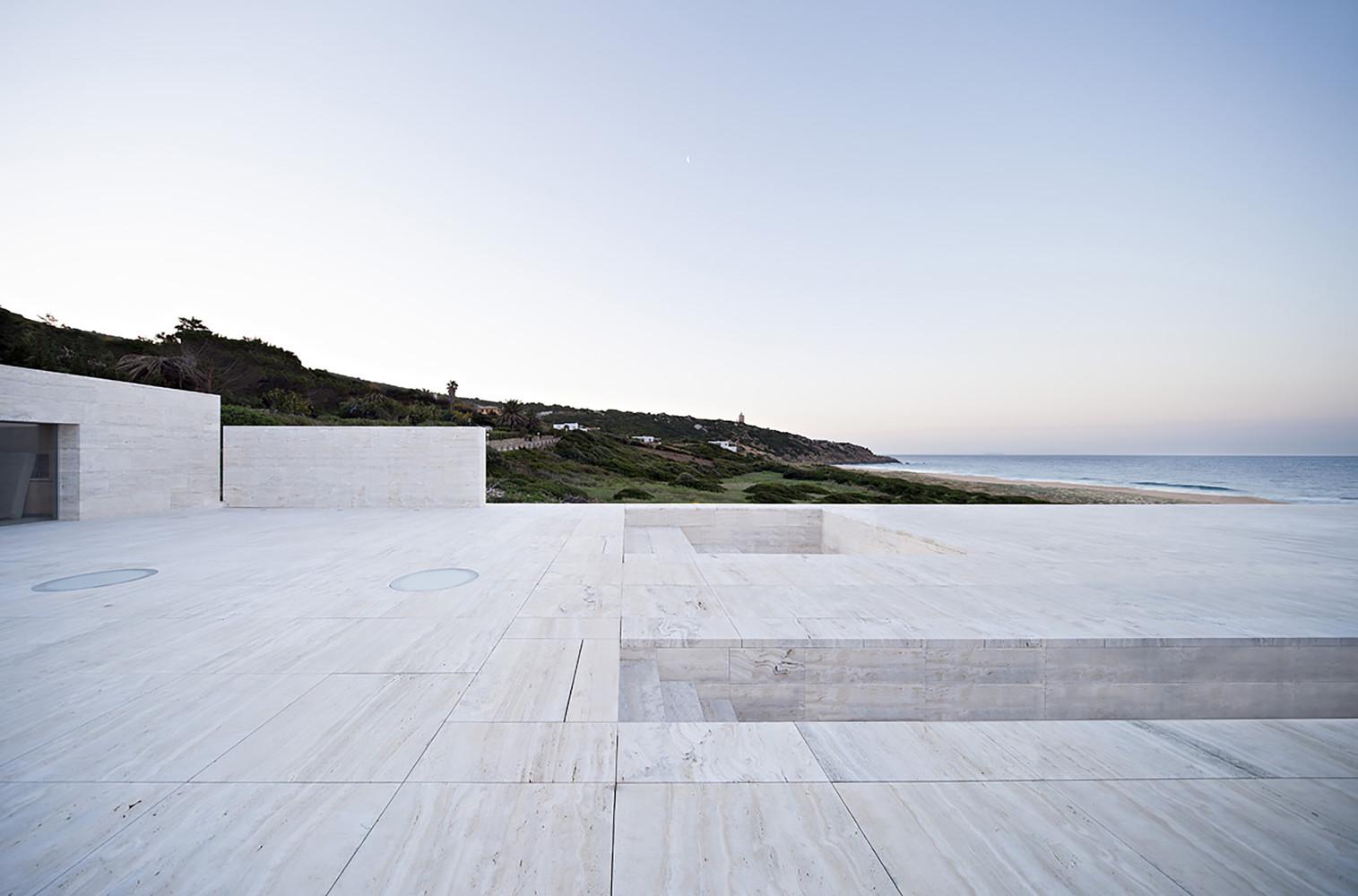 """15 5 - """"Casa del infinito"""": Horizonte espectacular de cielo y mar en Zahara de los Atunes (Cádiz)"""