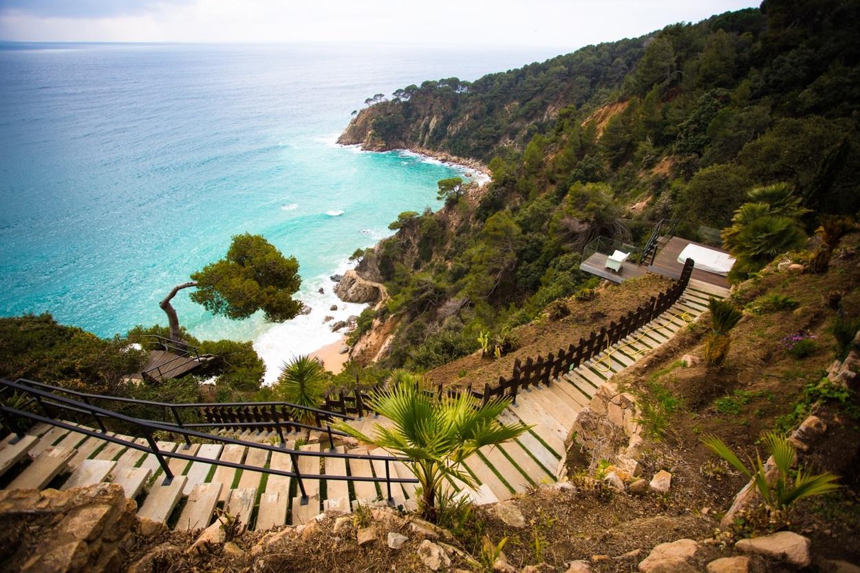 15 6 - Diseño en el acantilado en una fantástica casa en Tossa de mar (Costa Brava, Girona)