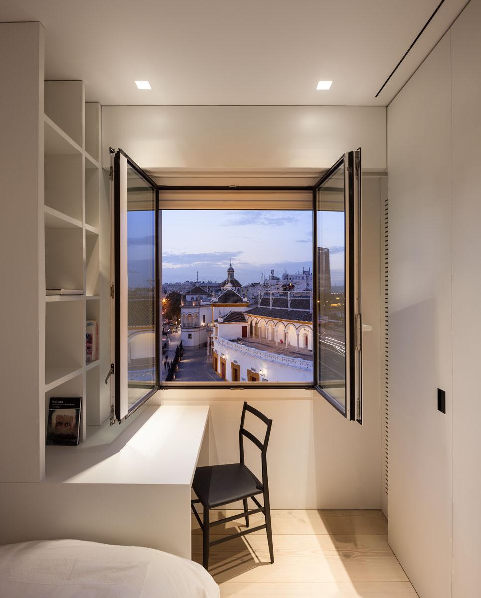 1513 - Fantástico y moderno ático en Sevilla de elegante y cálido diseño minimalista