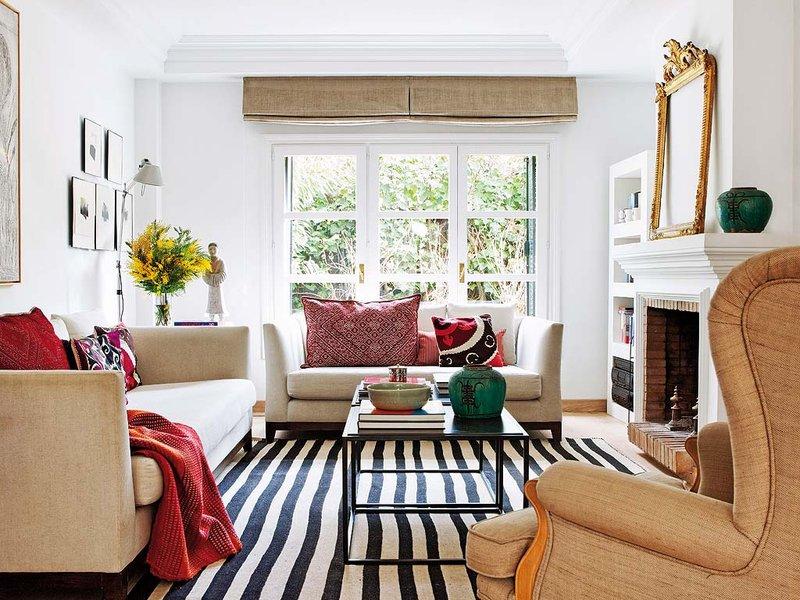157 - Preciosa casa con un romántico patio ajardinado en pleno corazón de Madrid