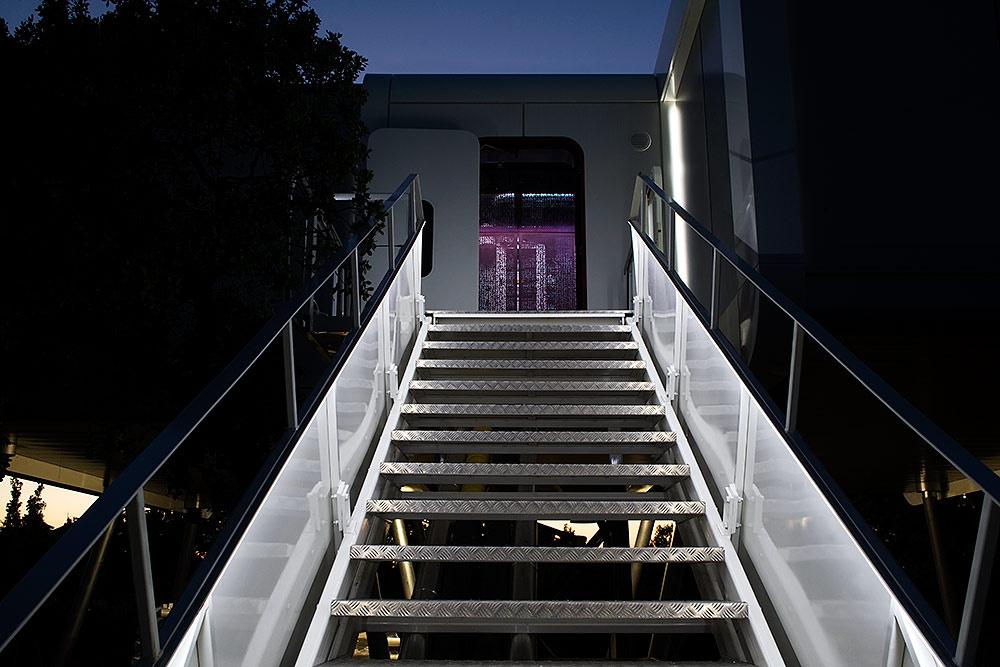 16 9 - Casa futurista o bella nave espacial para vivir en La Moraleja (Alcobendas, Madrid)