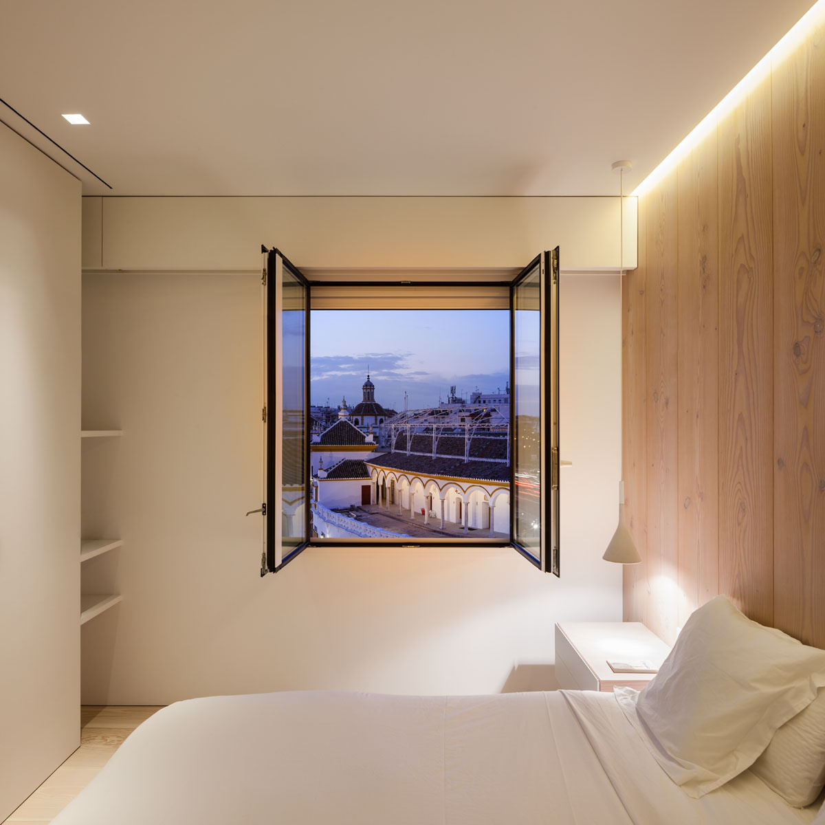 1610 - Fantástico y moderno ático en Sevilla de elegante y cálido diseño minimalista