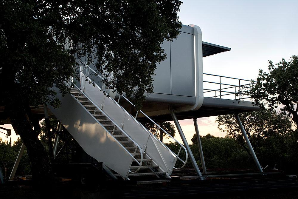 17 7 - Casa futurista o bella nave espacial para vivir en La Moraleja (Alcobendas, Madrid)