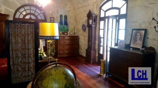 174337 1221622 foto54765794 600x336 - Vivir como reyes en un castillo del siglo XVIII en Finisterre, Galicia