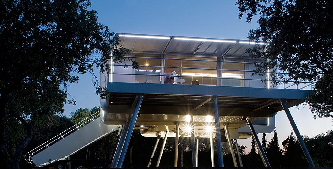 18 7 - Casa futurista o bella nave espacial para vivir en La Moraleja (Alcobendas, Madrid)
