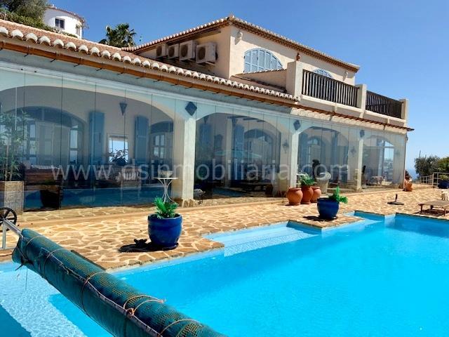 1833 2788908 foto101654748 - Casas veraniegas con piscina en la Costa del Sol