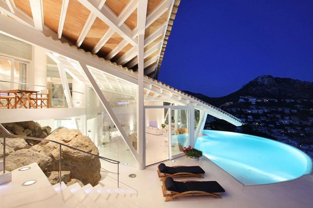 19 3 - Espectacular villa en Puerto de Andratx (Mallorca), con un fantástico diseño de gaviota