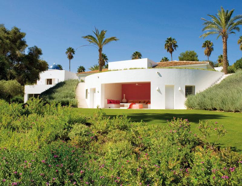 2 3 - Toque refrescante y ecléctico en una preciosa casa en Sotogrande (Costa de la Luz, Cádiz)
