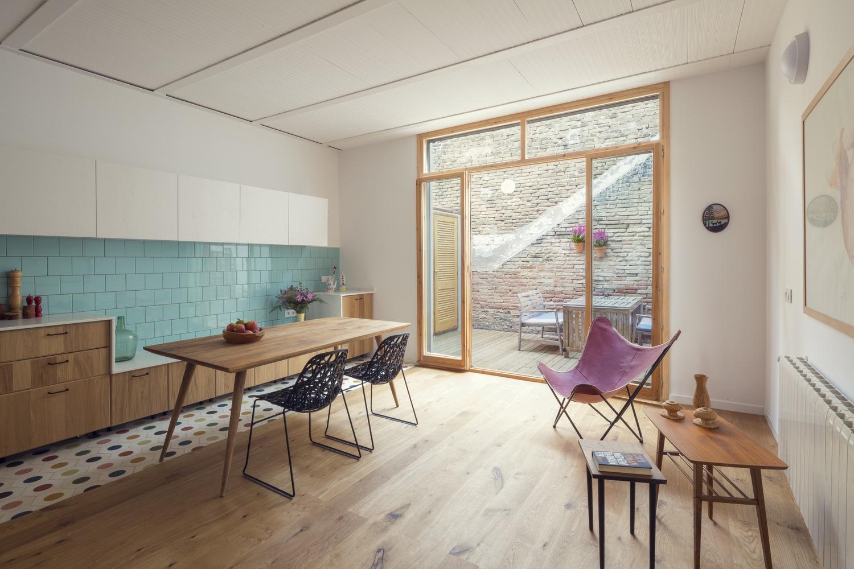 """2 5 - """"La Casa de Juno"""": original, sorprendente y práctica vivienda en Poblenou, Barcelona"""