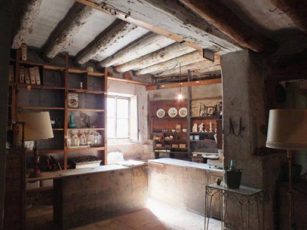 22508121 1672785 foto43253427 600x450 - Casas a la venta en las que se podría filmar una película de terror