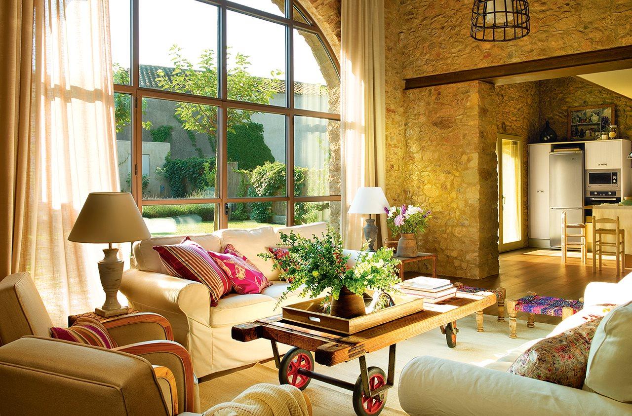 231 - De antiguo pajar a una casa con verdadero encanto en la costa del Ampurdán (Girona)