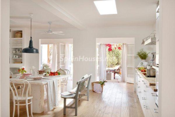 23742 2045186 foto 446135 600x401 - Descubre cómo ha cambiado la decoración del hogar en los últimos años