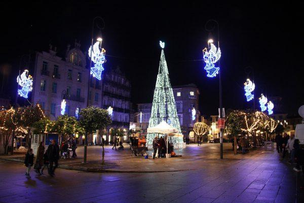 23957214706 b5f47193e2 b 600x400 - Ciudades para disfrutar la Nochevieja en España
