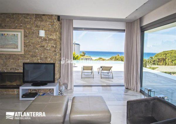 25885350 1577985 foto42081210 600x424 - Para los amantes de Cádiz, moderna villa de estilo contemporáneo en Zahara de los Atunes