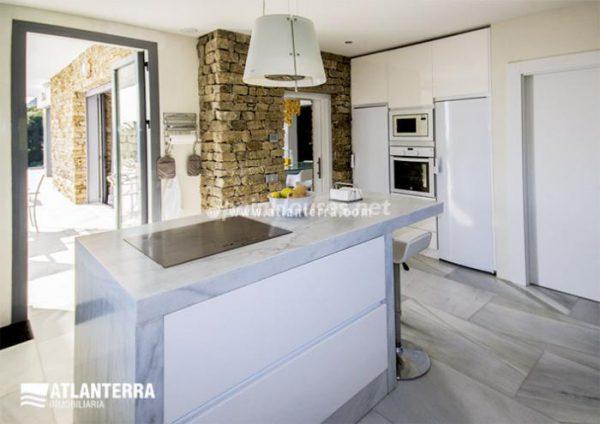 25885350 1577985 foto42081212 600x424 - Para los amantes de Cádiz, moderna villa de estilo contemporáneo en Zahara de los Atunes