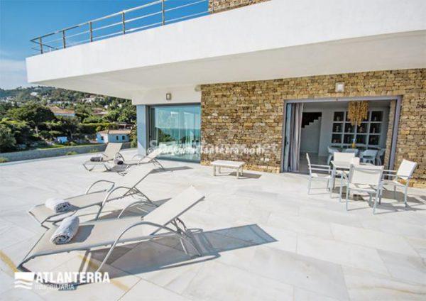 25885350 1577985 foto42081215 600x424 - Para los amantes de Cádiz, moderna villa de estilo contemporáneo en Zahara de los Atunes