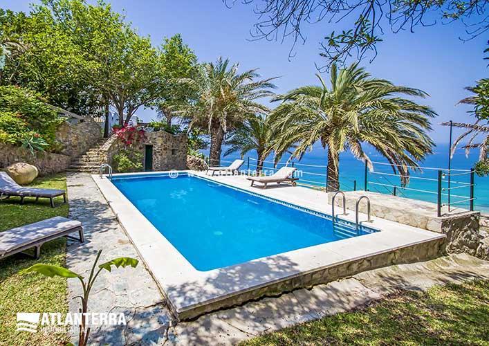 25885350 1847340 foto52573363 - Alquila una casa de lujo en vacaciones! Las mejores villas en Zahara de los Atunes, Cádiz