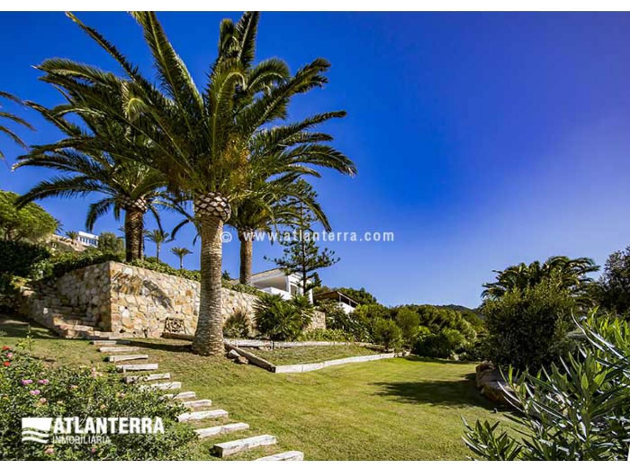 25885350 3170057 foto 228395 - Estilo rústico, privacidad y vistas maravillosas en esta villa en Zahara de los Atunes (Cádiz)