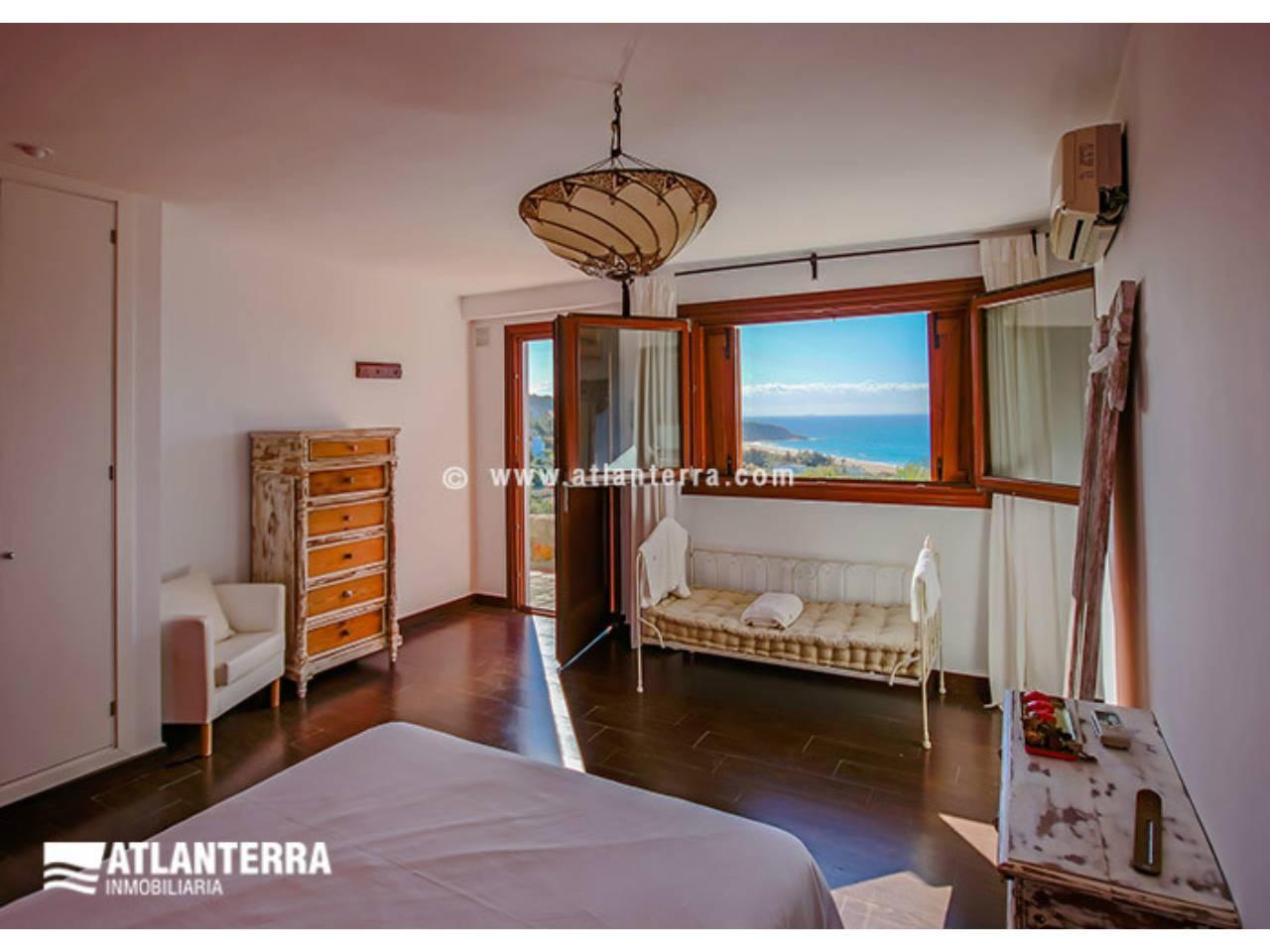 25885350 3170057 foto 654585 - Estilo rústico, privacidad y vistas maravillosas en esta villa en Zahara de los Atunes (Cádiz)