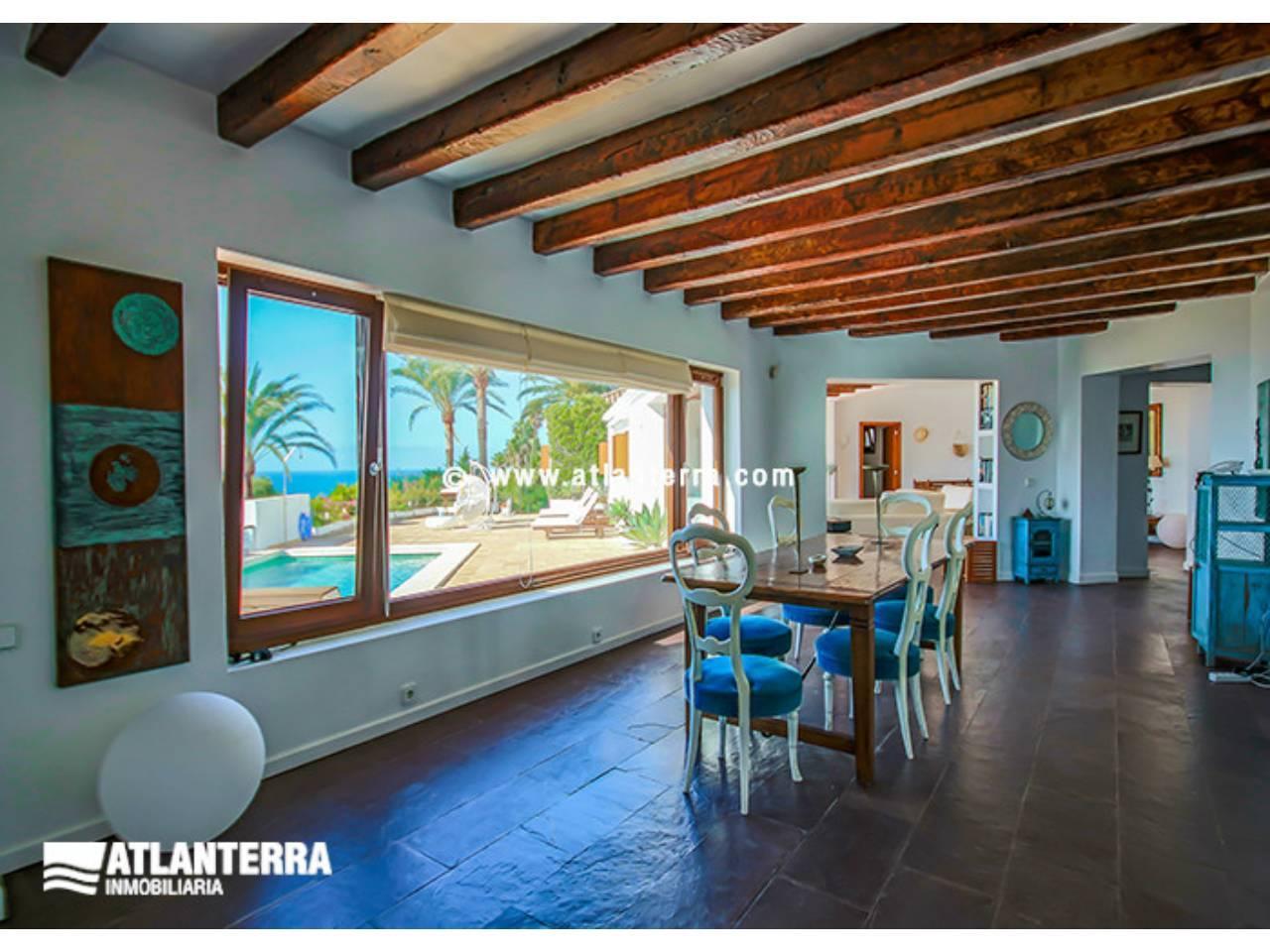 25885350 3170057 foto 687122 - Estilo rústico, privacidad y vistas maravillosas en esta villa en Zahara de los Atunes (Cádiz)
