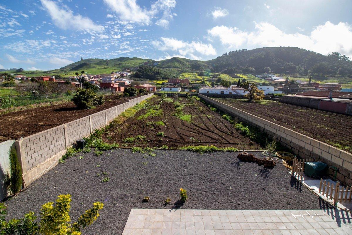 28599493 3224845 foto 250415 - Arquitectura moderna y estilo de ensueño en este chalet a estrenar en San Cristóbal de la Laguna (Santa Cruz de Tenerife)
