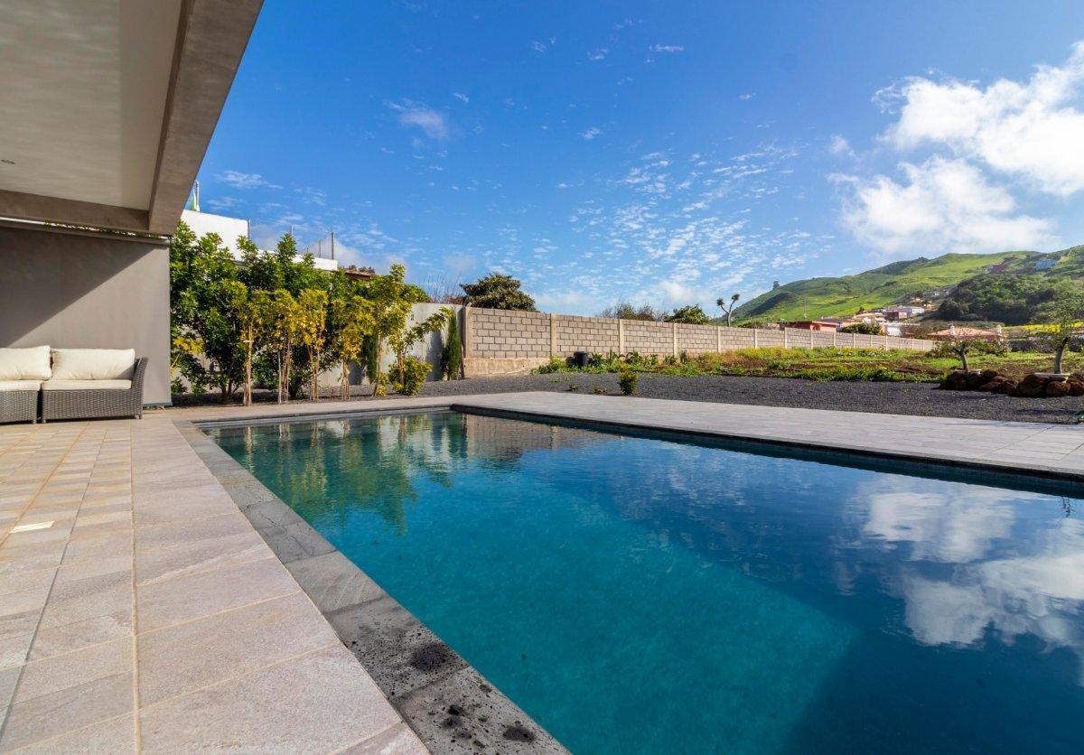 28599493 3224845 foto 622447 - Arquitectura moderna y estilo de ensueño en este chalet a estrenar en San Cristóbal de la Laguna (Santa Cruz de Tenerife)