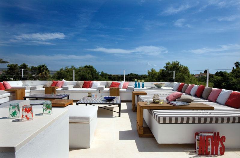 3 3 - Toque refrescante y ecléctico en una preciosa casa en Sotogrande (Costa de la Luz, Cádiz)