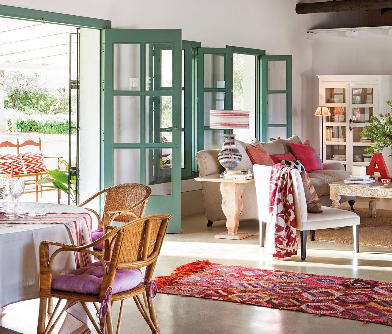3 6 - Toque de encanto y color en Carmona (Sevilla): una casa entre olivos para alargar el verano