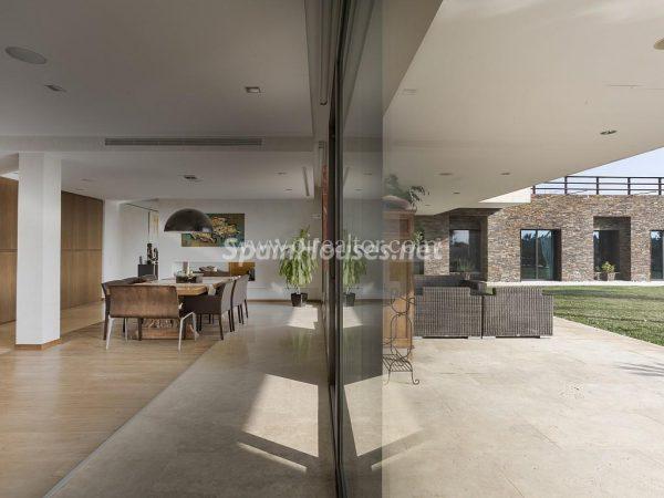 31005553 2016078 foto 168166 600x450 - Vivir rodeado de naturaleza es posible en esta fantástica casa en Girona
