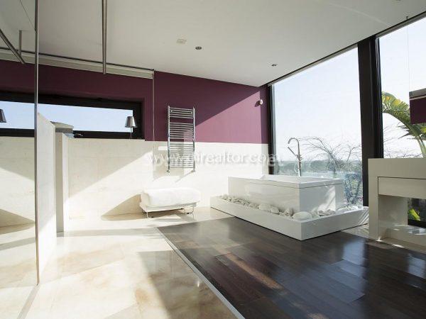 31005553 2016078 foto 315115 600x450 - Vivir rodeado de naturaleza es posible en esta fantástica casa en Girona