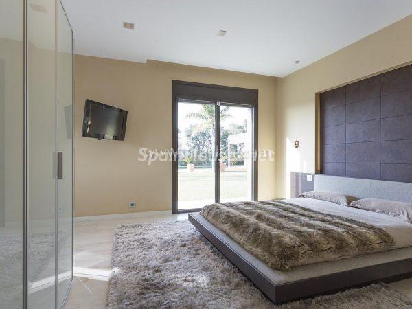31005553 2016078 foto 679005 600x450 - Vivir rodeado de naturaleza es posible en esta fantástica casa en Girona